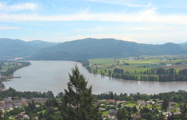 fraser-river-view-from-abbey-westminster-41